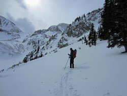 Cross country skiing above Lake Agnes, Colorado