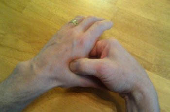 Adjoining Valley acupressure point