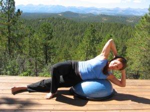 Side crunch, starting position on the Bosu Balance Trainer