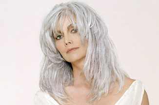 Emmy Lou Harris Sporting Gray Hair