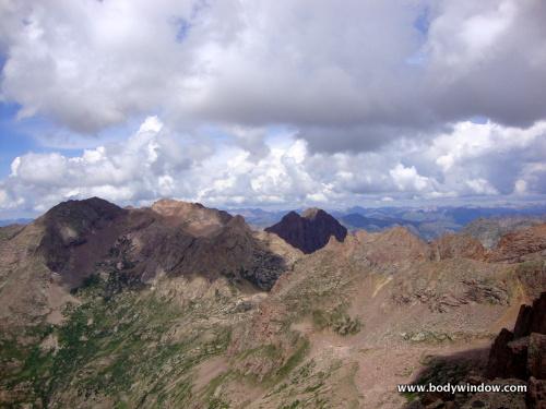 Eolus, North Eolus, Pigeon and Turret Peaks from Jupiter Mountain Summit