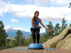 Bosu balance trainer, twisting squat, left