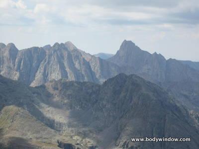 Turret Peak and Pigeon Peak from Vestal Peak's Summit