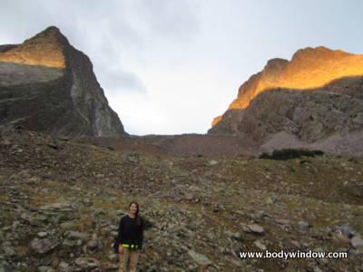 Vestal Peak and Arrow Peak in alpenglow